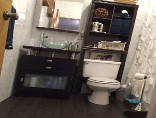 Bathroom cabinet-min