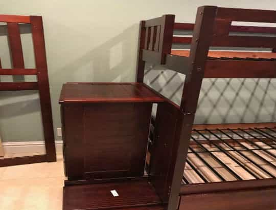 Bunk bed - brown-min